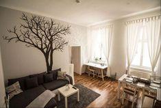 Wandgestaltung im Wohnzimmer für die Künstler unter uns. #wohnen #decor #wandgestaltung #wohnzimmer