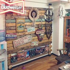 On Walls medicinemanの部屋 Diner Decor, Super Natural, House Layouts, Kids Bedroom, Interior Architecture, Man Cave, Decor Styles, Diy Furniture, Household