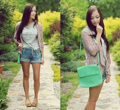 Coca Cola is better than Pepsi (by Breanne S.) http://lookbook.nu/look/3656097-Coca-Cola-is-better-than-Pepsi