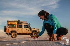 Salar de Uyuni Land Rover Defender Camping, Landrover Defender, Bolivia, 4x4, Range Rover Off Road, Land Girls, Learning To Drive, Nissan Pathfinder, Camping Car