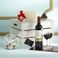 Christmas Globe Gift Box www.hampersando.com