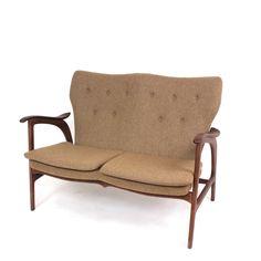 Control Brand Franz Loveseat for sale Living Room Furniture Online, Sofa Furniture, Sofa Shop, Dcor Design, Design Ideas, Interior Design, American Walnut, Best Sofa, Mid Century Modern Furniture