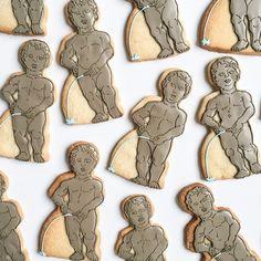 #Brussels! #ThePeeingBoy #mannekenpis #sculpture #landmarks #customcookies #bakedideas