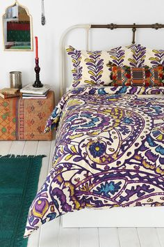 Magical Thinking Paisley Sketchbook Duvet Cover