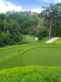 Another great photo from Red Mountain Golf Club. http://www.golfasian.com/golf-courses/thailand-golf-courses/phuket/red-mountain-golf-club/