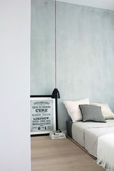 bedroom styling.. colour of the wall -> top
