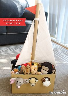 - from The Craft Train Recreate Noah's ark from a cardnboard box using your own stuffed animals from the toy box to fill it. This is a fun pretend play idea for preschoolers! Adorable Noah's Ark toy made from a simple cardboard box Kids Crafts, Bible Crafts, Projects For Kids, Diy For Kids, Simple Projects, Summer Crafts, Kids Fun, Diy Karton, Cardboard Toys