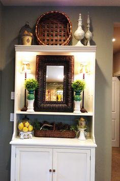 Savvy Seasons by Liz - Accessorizing the hutch