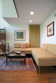 living-room-sectionals-Family-Room-Midcentury-with-artwork-drapery-kilim-rug-mid-century-My-Houzz-neutral-palette-sectional-sofa-.jpg (662×990)