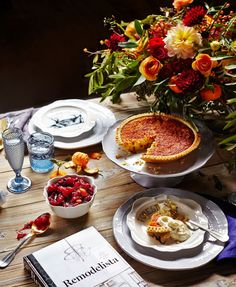 A Thanksgiving table set by Anthropologie /