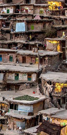 Sar Agha Seyyed Village, Zagros Mountains, Iran  (by Mohammadreza Momeni)