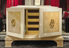 FAUBOURG GALUCHAT Classic Living Room, Luxury Furniture Brands, Hope Chest, Sideboard, Storage Chest, Liquor Cabinet, Delivery, Italy, Home Decor