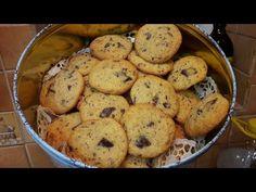 Csokis Amerikai keksz.Chocolate chip cookie /Szoky konyhája/ - YouTube Chocolate Chip Cookies, Muffin, Chips, Breakfast, Food, Youtube, Muffins, Potato Chip, Hoods