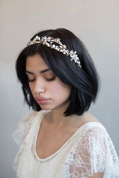 Mermaid s Blushing Tiara Style Gold Bridal Braids, Bridal Hair, Loose Hairstyles, Bride Hairstyles, Loose Wedding Hair, Hair Flow, Hair Extensions Best, Sleek Ponytail, Mid Length Hair