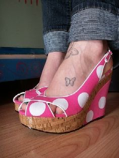 I want a little butterfly tat on my foot.