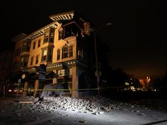 Napa Valley Rubble - Strong earthquake knocks Napa Valley - Pictures - CBS News