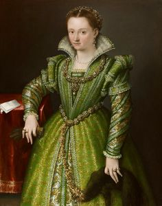 Lavinia Fontana Portrait of Laura Gonzaga in Green holding a Zibellini. It's About Time: Woman Artist - Lavinia Fontana Renaissance Mode, Costume Renaissance, Renaissance Portraits, Renaissance Clothing, Renaissance Fashion, Italian Renaissance, Medieval Costume, Historical Costume, Historical Clothing