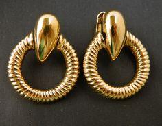 "Vintage Avon Hoop Dangle Earrings 1.5"", Circle Earrings, Geometric Earrings, Statement Earrings, Clip On, Textured, Retro, Costume Jewelry by DecoOwl on Etsy"