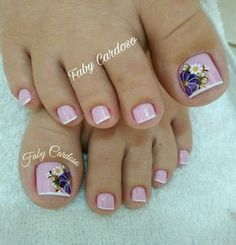 Floral pattern nails step by step French Pedicure, Pedicure Nail Art, Toe Nail Art, Pretty Toe Nails, Cute Toe Nails, Pedicure Designs, Toe Nail Designs, Hair And Nails, My Nails