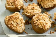 Baked pear crumble