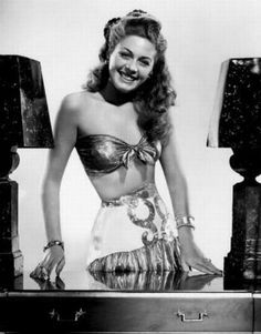 movie pins   | Ramsay Ames: Leading 1940′s B movie actress and pin-up girl