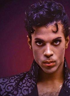 Prince; THE KING — P.R.I.N.C.E.!!!!!!! Prince Images, Pictures Of Prince, Prince Gifs, Prince Party, Prince Purple Rain, Denzel Washington, Roger Nelson, Prince Rogers Nelson, Purple Reign