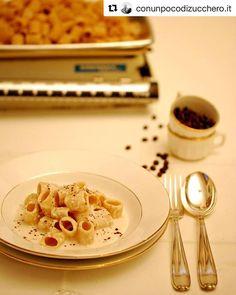 Nuova ricetta con il nostro #pesto di #mandorla  Mezze maniche alla robiola mandorle e caffè  #Repost @conunpocodizucchero.it with @repostapp  Fame? Poco tempo ma tanta voglia di un piatto speciale? Ci penso io! #instafood #ifoodie #igfood #igersitalia #conunpocodizuccheroit #ricette #bloggallineincucina #foodblogger #incucinaconleinstamamme #pasta #pastalover #ognitantocucino #ifoodit #italianfood #italianblogger #pranzoitaliano #myblog