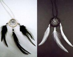 Dreamcatcher necklace, dreamcatcher, boho necklace, feather necklace, feather dreamcatcher, gypsy necklace, indie necklace
