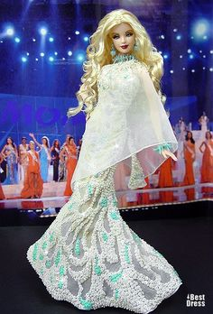 Miss Australia Barbie Doll 2009 Barbie Gowns, Barbie Clothes, Barbie Miss, Beaded Gown, Little Doll, Barbie Collection, Barbie Friends, Barbie World, Vintage Barbie