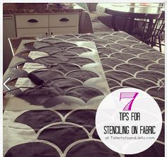 7 tips for stenciling on fabric at tatertotsandjello.com Stencil Painting, Fabric Painting, Stencil Fabric, Stencils, Stencil Diy, Stenciled Curtains, Decor Crafts, Diy Home Decor, Jello
