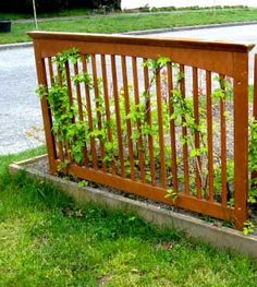 DIY Garden Trellis Projects • Lots of Ideas & Tutorials! • Including this great repurposing idea to use the side of an old crib!