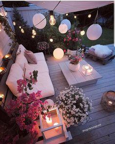 Cozy place via by Patio Design, Exterior Design, House Design, Inspire Me Home Decor, Dream Rooms, Backyard Patio, Room Inspiration, Daily Inspiration, Fashion Inspiration