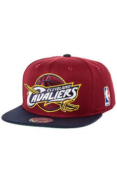 Mitchell   Ness - Red The Cleveland Cavaliers Xl Logo Two Tone Snapback 11d9371ad9c