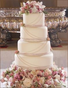 gorgeous pearl lined vintage wedding cake