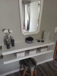 You simply need to make a make-up table yourself: IKEA LACK Shelves Cups A., simply need to make a make-up table yourself: IKEA LACK Shelves Cups A mirror A stool or a chair. Ikea Wall Shelves, Basket Shelves, Wood Shelves, Display Shelves, Black Shelves, Shelf Wall, Ikea Bedroom, Bedroom Decor, Bedroom Inspo