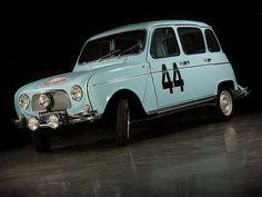 En 1963, Renault engage une Renault 4 Super au rallye Monté-Carlo, avec à son bord, Jean-Pierre Manzon et Hubert Melot. La préparation de la voiture est sommaire. les vitrages sont remplacés par du plexi plus léger, l'éclairage est agrémenté de trois phares supplémentaires, et une bâche vient recouvrir la calandre, nous reparlerons de cette dernière plus loin.| pin by scann R