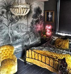 The Bohemian, Dark & Inviting Home of Nadia Martini - The Interior Editor Bohemian Style Bedrooms, Boho Style, Bohemian Homes, Boho Deco, Inviting Home, Feature Wallpaper, Dark Walls, D House, Dark Interiors