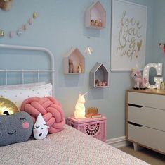 Seriously cute kids room with light blue walls and pale pink and white accents. - Seriously cute kids room with light blue walls and pale pink and white accents. Light Blue Walls, Mint Walls, Little Girl Rooms, Kid Spaces, Kids Decor, Decor Ideas, Boy Decor, Room Inspiration, Baby Room