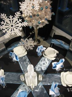 winter wonderland table decor...  white table cloth and blue gift wrap stripes