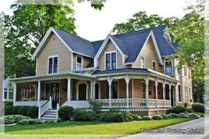 Classic American Farmhouse in Sycamore, Illinois - Town & Country Living