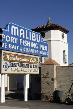 Visiting Malibu Pier and Malibu Lagoon State Beach must be on the list of things to do in Malibu, California. Those that like nature photography and specifically like taking beach photos Malibu Pier i