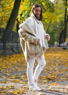 Style Appetite Fall Winter Outfit with fluffy  shearling teddy coat teddycoat monki #coat #shearling #teddycoat