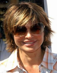 Shag hairstyles have been around for quite some time and have become very versatile over the decades. So here is a collection of beautiful shag hairstyles for women Medium Shag Hairstyles, Short Shaggy Haircuts, Shaggy Short Hair, Long To Short Hair, Short Haircut Styles, Haircuts For Fine Hair, Shaggy Bob, Layered Haircuts, Cut Hairstyles