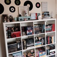ellieereads: re-sorted my book shelves today and. - Where are the books ? Bookshelf Inspiration, Home Libraries, Aesthetic Rooms, Book Nooks, My New Room, Dream Bedroom, Bookshelves, Bookcase, Bedroom Decor