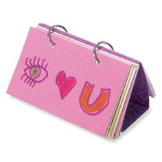 om- love note flip book