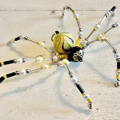 Beaded Spider Ornament | Etsy Metal Beads, Glass Beads, Beaded Spiders, Ceramic Christmas Tree Lights, Christmas Spider, Wire Jewelry, Unique Jewelry, Black Tree, Beaded Skull