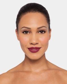 Echale un vistazo a mi nuevo cambio de imagen personalizado usando la Herrmaienta de Maquillaje Virtual de Neutrogena. ¡Pruébala tú también!
