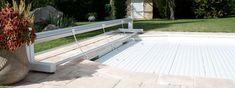 Persiana ECA Bahia sobre ruedas Pool Cover Roller, Deck, Outdoor Decor, Home Decor, Shutters, Wheels, Swimming Pools, Front Porch, Decks