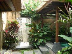 Balinese charm - outdoor bathroom.