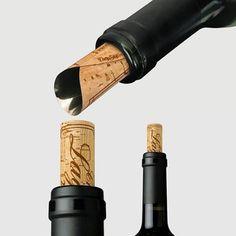 """ワインボトルの液ダレ防止グッズ。デザインが素敵。""""シャトー ラグット"""" by ATYPYK ◆ワインボトル用便利アイテム - J-tokkyo http://www.j-tokkyo.com/2014/05/31/103420.html"""